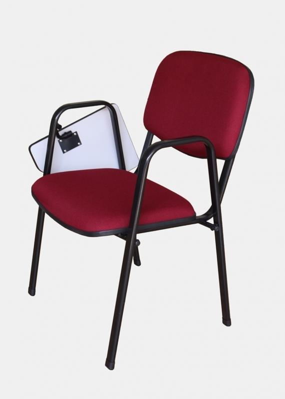 Cadeira Universitária Estofada com Prancheta Escamoteável Preço Raposo Tavares - Cadeira Universitária em Polipropileno