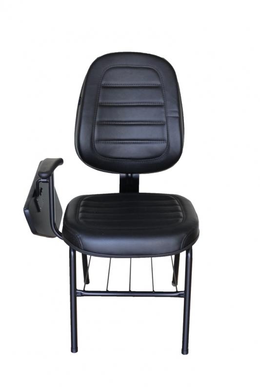 Loja de Cadeira Universitária Estofada com Prancheta Santo André - Cadeira Universitária em Polipropileno