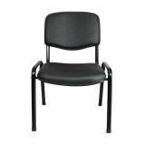 cadeira estofada preta Vila Butantã