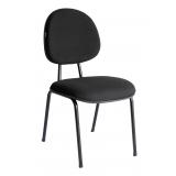 cadeira estofada simples confortável ABC