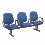 cadeira longarina com braço 3 lugares Vila Ruim Barbosa
