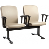 cadeira longarina com braço São Luís