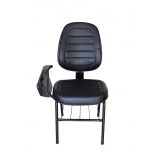 cadeira universitária com prancheta escamoteável preço Vila Ema
