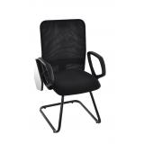 cadeira universitária estofada com prancheta escamoteável Franco da Rocha