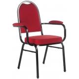 cadeira empilhável com braço