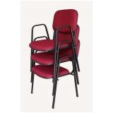 cadeira empilhável estofada