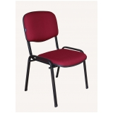 cadeira estofada para igreja