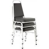 cadeiras fixa empilhável Poá