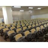 cadeira auditório com prancheta
