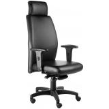 cadeiras presidente preta Guaratinguetá