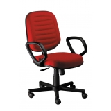 onde encontrar cadeira de escritório giratória colorida Santa Rita do Ribeira