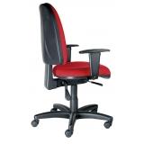 qual o valor cadeira de escritório vermelha Vila União